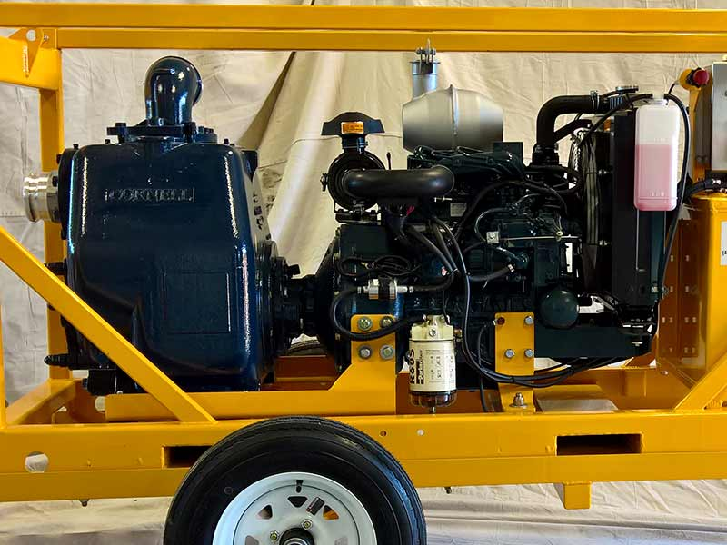 ES-CP41 4-inch pump on trailer, close-up of Cornell pump and Kubota engine
